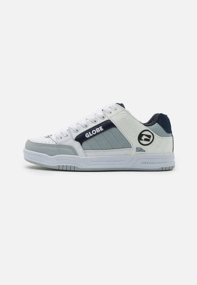 Globe - TILT - Skateschoenen - white/grey/navy