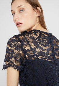 Lauren Ralph Lauren - KAMI DRESS - Robe d'été - lighthouse navy - 6