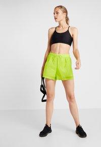 Cotton On Body - STRAPPY CROP - Sports bra - black - 1