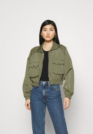 PETRONILLA - Bomber Jacket - LEAF GREEN