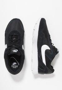 Nike Sportswear - DELFINE - Joggesko - black/white - 3