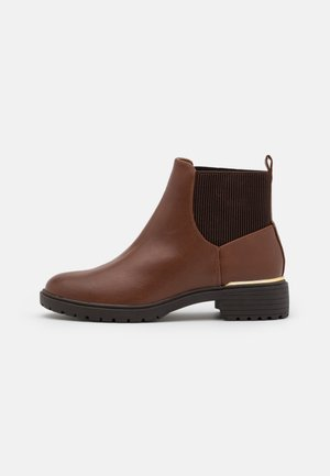 WIDE FIT DAPPER  - Classic ankle boots - tan