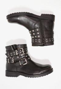 Friboo - Kovbojské/motorkářské boty - black - 0