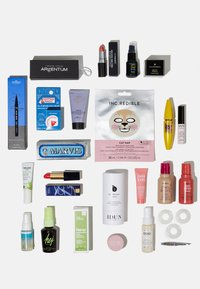 Zalando Beauty - ZALANDO ADVENT CALENDAR 2020 - Adventkalender - - - 6