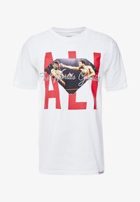 Diamond Supply Co. - ALI SIGN SHORT SLEEVE TEE - T-Shirt print - white - 3