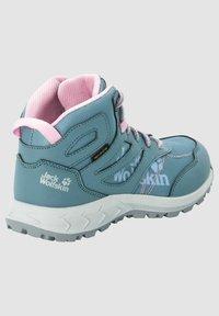 Jack Wolfskin - WOODLAND TEXAPORE MID K - Hiking shoes - grey pink - 2