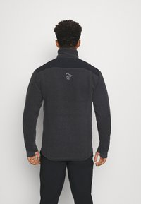 Norrøna - TROLLVEGGEN THERMAL PRO JACKET - Fleece jacket - black - 2