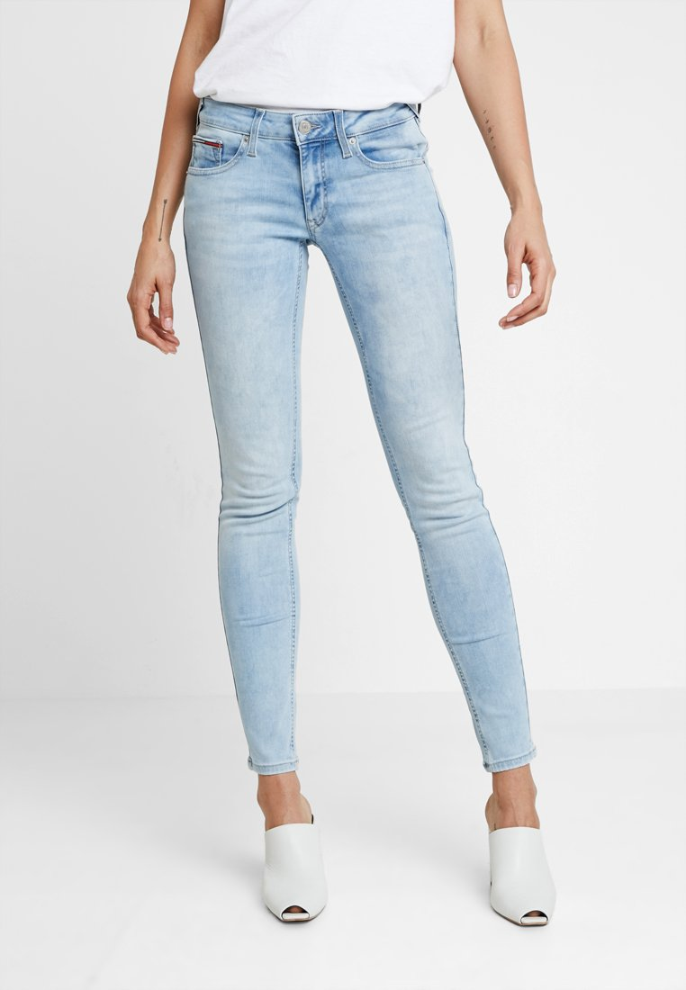 Tommy Jeans - LOW RISE SOPHIE  - Jeans Skinny Fit - hawaii light blue