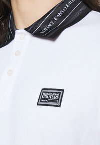Versace Jeans Couture - PLAIN - Polo - white - 3