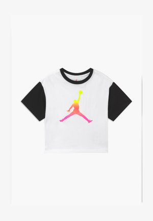 JUMPMAN AIR RISE BOXY TEE - Camiseta estampada - white
