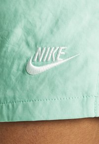 Nike Sportswear - FLOW - Shorts - bright spruce/washed coral - 4