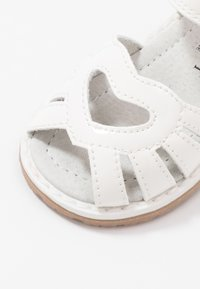 Walnut - BEA - Sandals - white - 5