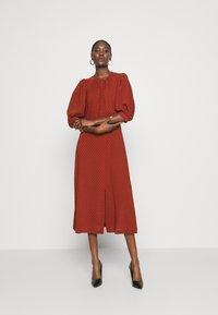 Closet - MIDI GATHERED NECK DRESS - Day dress - rust - 1
