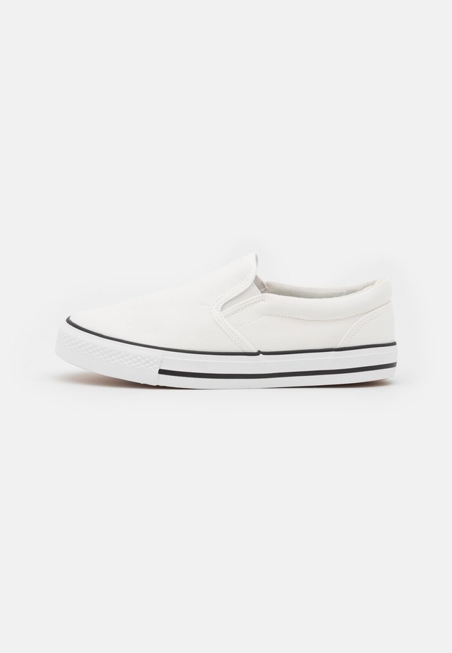 WIDE FIT NELSON - Sneakers laag - white