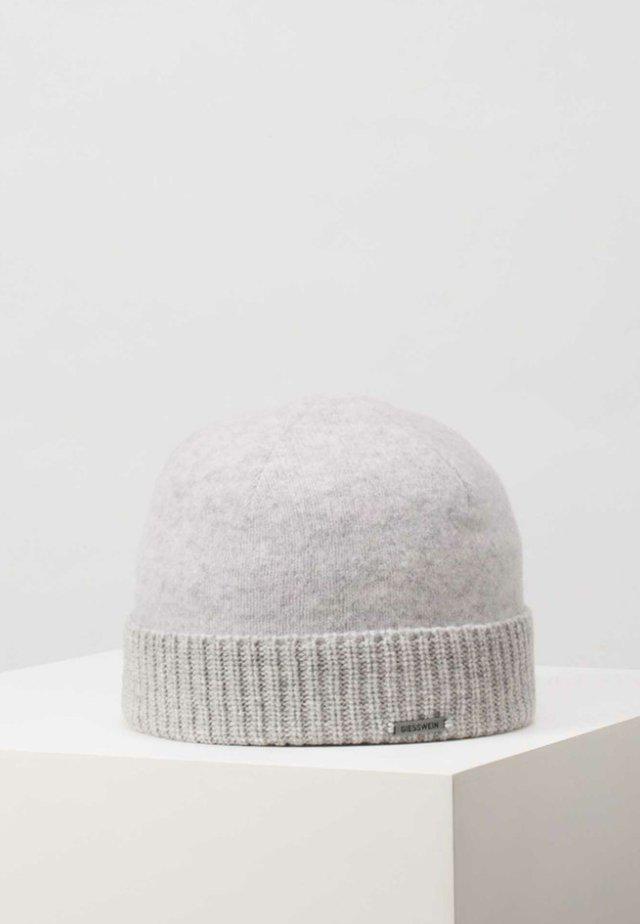 Bonnet - pebble