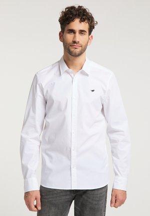 CASPER - Hemd - white