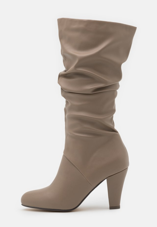 WYNN - Støvler - nude