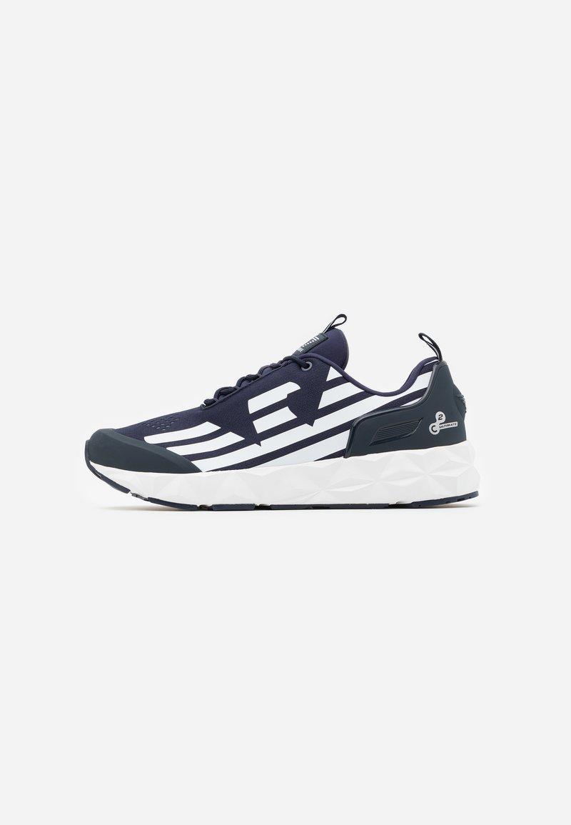 EA7 Emporio Armani - UNISEX - Sneakers basse - navy/white