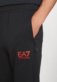 EA7 Emporio Armani - Tepláková souprava - black/orange - 8