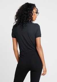 Nike Sportswear - W W NSW ESSNTL  - Basic T-shirt - black - 2