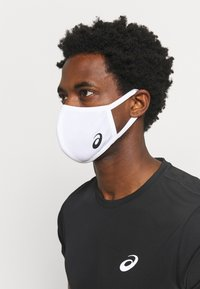 ASICS - FACE COVER LOGO - Community mask - white - 2