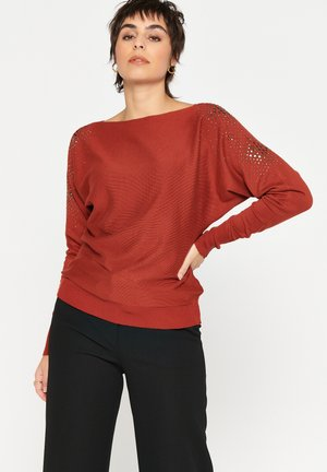 WITH STUDS ON SHOULDERS - Jumper - red