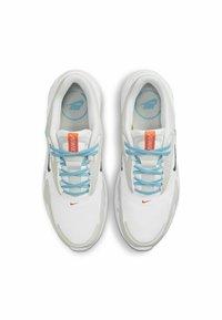 Nike Sportswear - MAX BOLT - Sneakers - white/photon dust/turf orange/black - 3