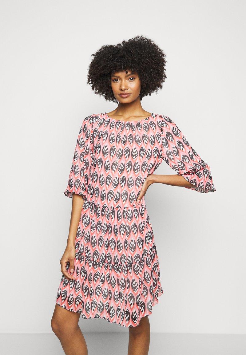 Marc Cain - Denní šaty - blossom