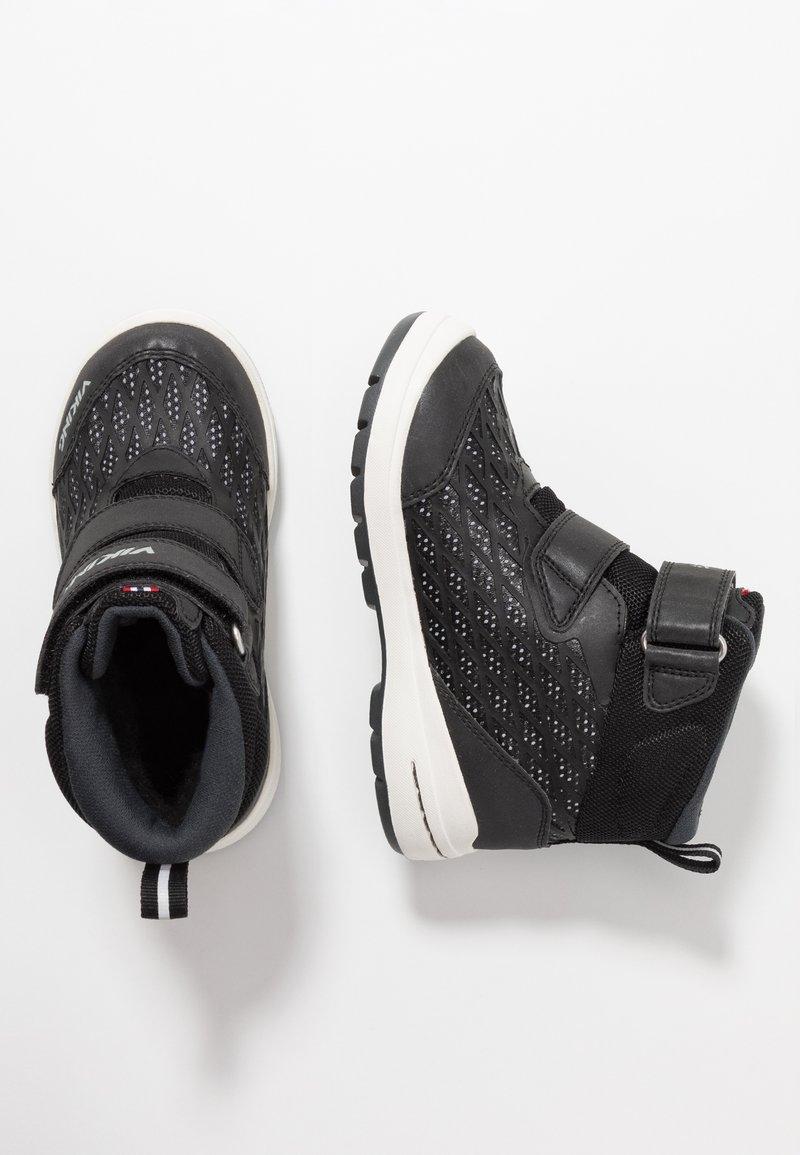 Viking - HERO GTX - Hiking shoes - black/charcoal