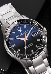 Maserati - QUARZ SFIDA 44MM - Watch - edelstahl - 5