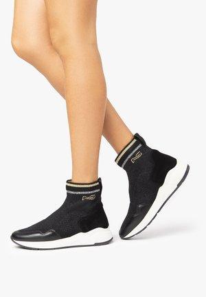 Sneakers alte - nero