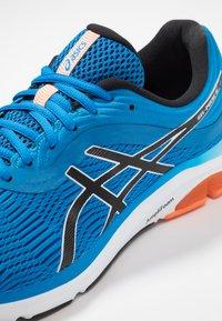 ASICS - GEL-PULSE 11 - Neutrální běžecké boty - directoire blue/white - 5