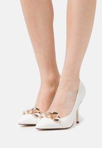 RAID - RORI - High heels - white patent - 0