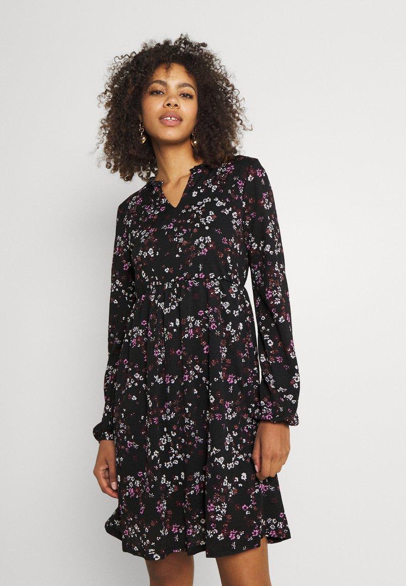ONLY - ONLPELLA DRESS - Trikoomekko - black