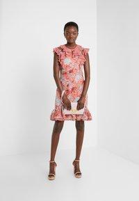 Three Floor - EXCLUSIVE DRESS - Vestido de cóctel - red/multi-coloured - 1