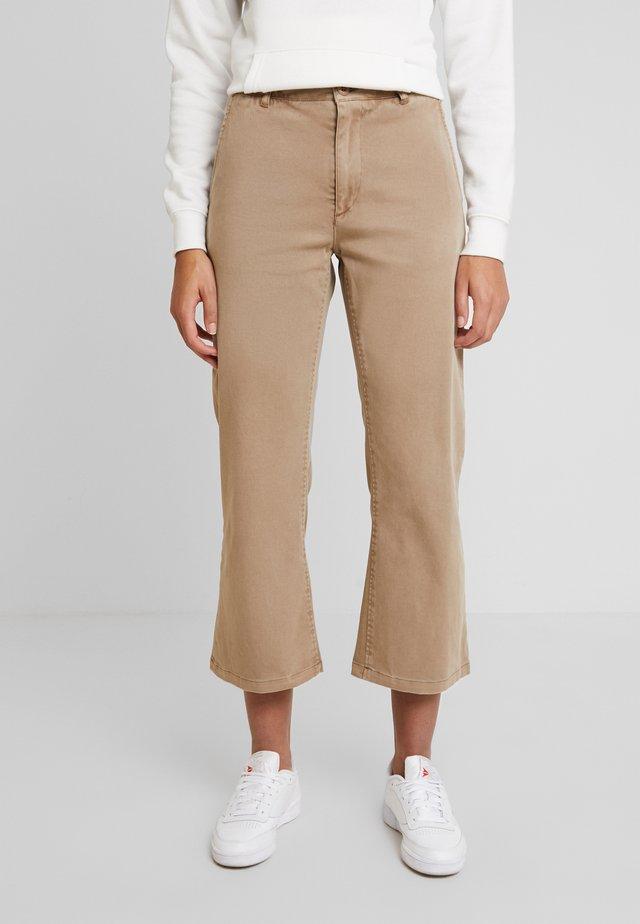 EIRIA - Bootcut jeans - sand