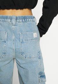 BDG Urban Outfitters - SKATE JEAN - Cargobukse - bleach - 7