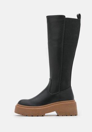 KINDRED - Platform boots - black