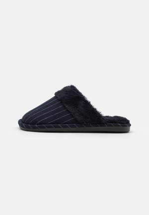 LACHLAN SLIPPERS - Slippers - navy