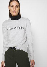 Calvin Klein - CORE LOGO - Felpa - grey - 3