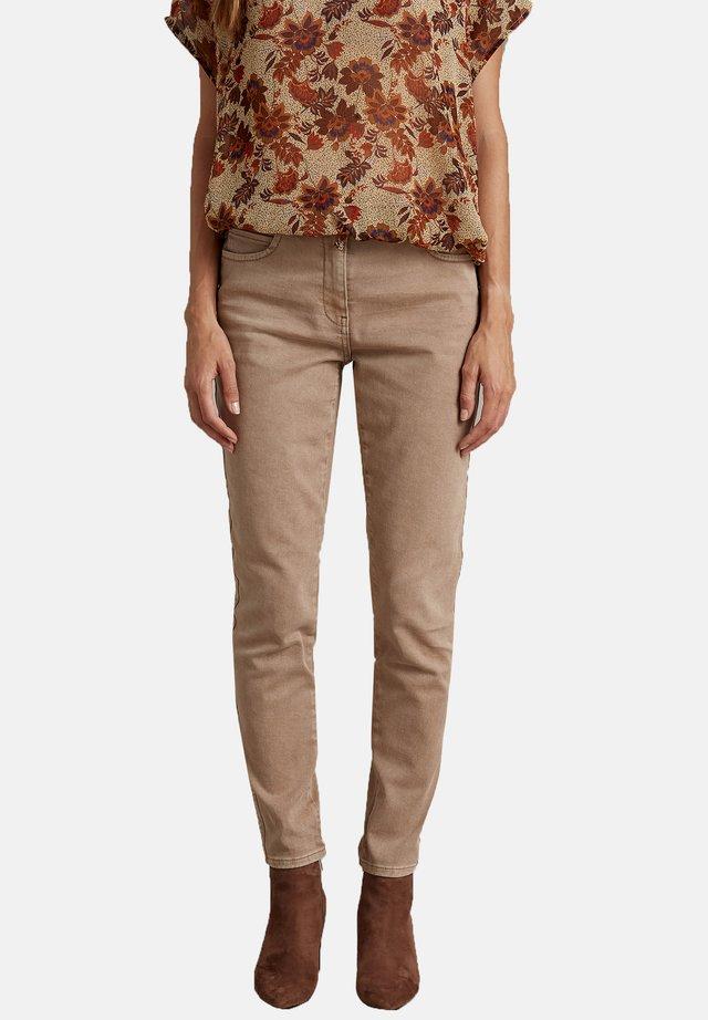 SKINNY - Pantalones - beige