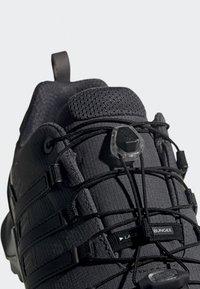 adidas Performance - TERREX SWIFT R2 GTX SHOES - Hikingschuh - grey/black - 6