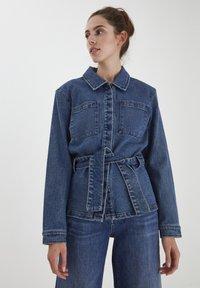 ICHI - IHNICOLE  - Denim jacket - medium blue - 0