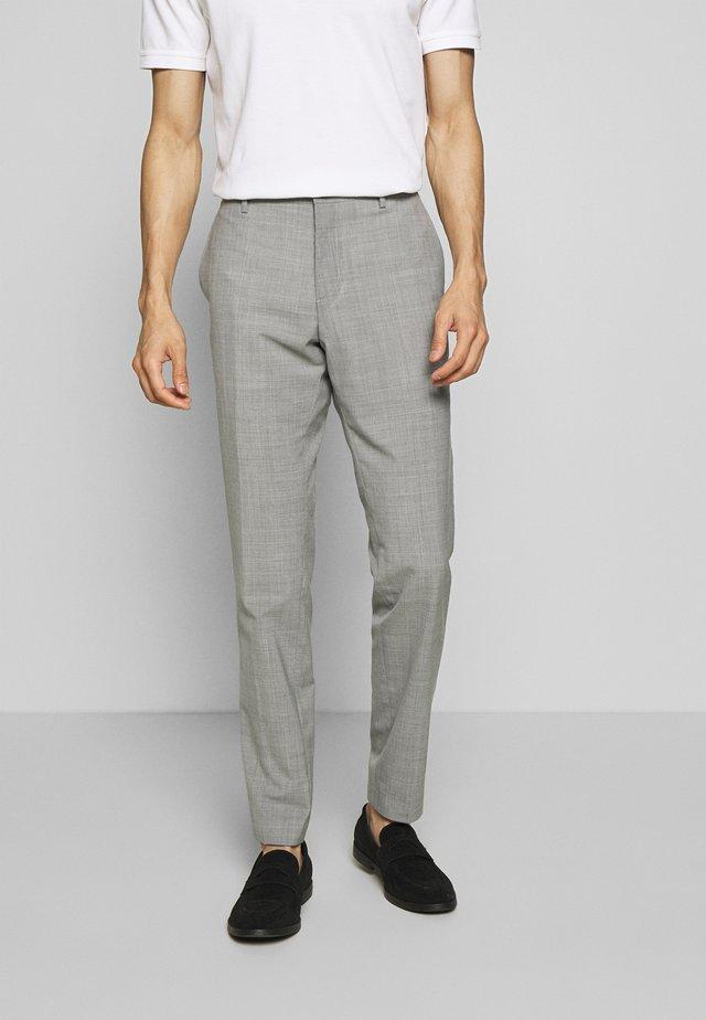 SLIM FIT SOLID BLEND PANT - Broek - grey