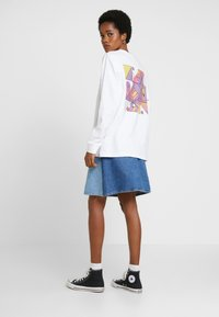 Merchcode - ABSTRACT COLOUR - Long sleeved top - white - 2