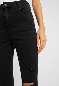 Cotton On - HIGH RISE CROPPED - Skinny džíny - black - 6