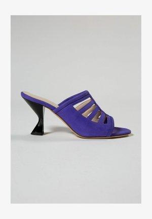 COSMOS - Ciabattine - violet