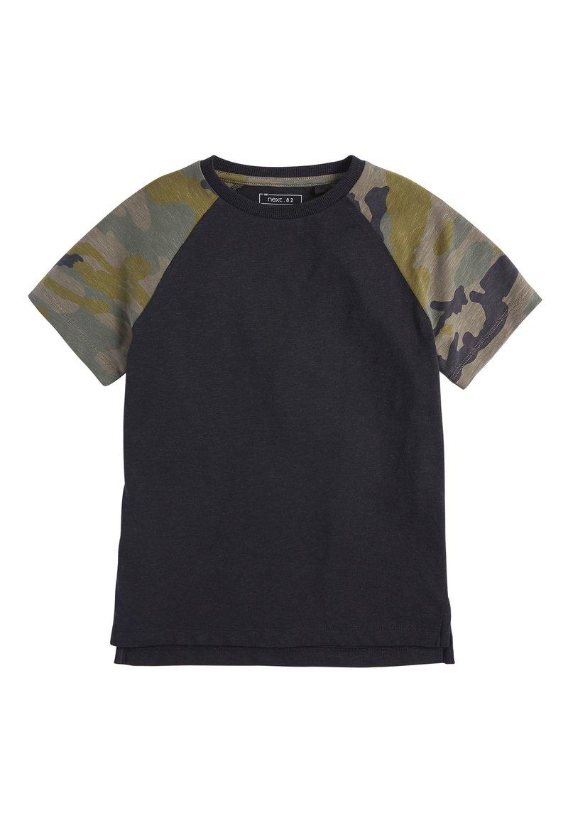 Next - CAMOUFLAGE RAGLAN SHORT SLEEVE T-SHIRT (3-16YRS) - T-shirt print - black