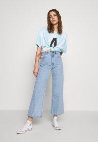 Abrand Jeans - Flared Jeans - light blue denim - 1