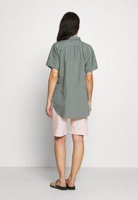 CLOSED - SENNA - Button-down blouse - dusty pine - 2